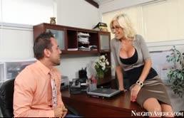 Nikki Sexx chiavata a piacere fino al orgasmo